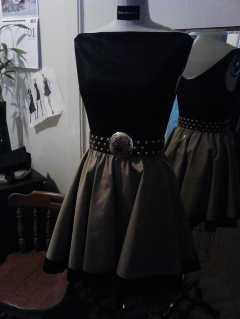 Circle_skirt_ensemble_large