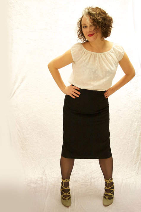 Black_pencil_skirt_5_sm_large