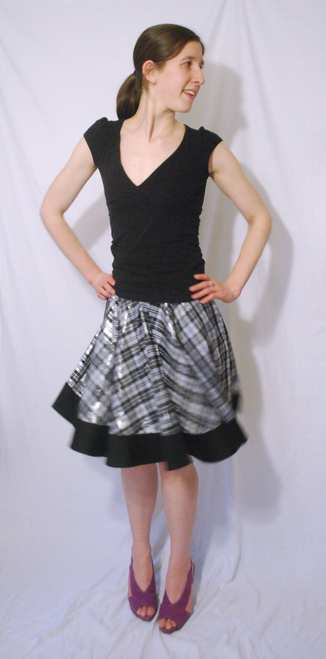 Silverplaidskirt3_large