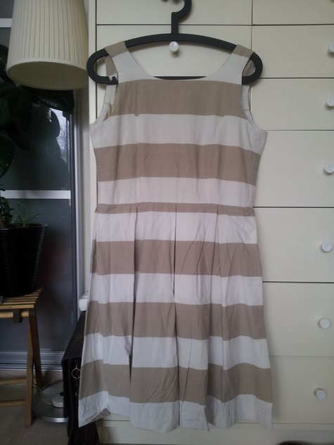 Dress_white_beige_stripes_large