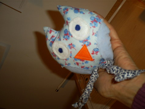 Blue_owl_3_large