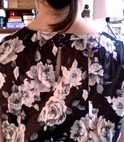 Grey_florals_back_buttons_large
