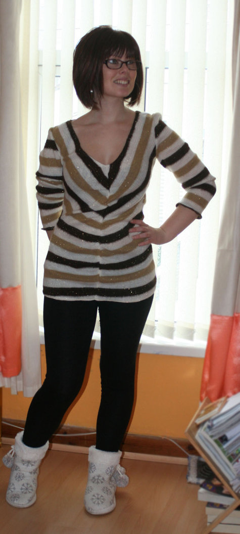 Striped_knit_top_large