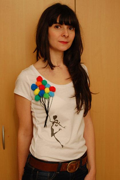 Tutorial-shirt-pompoms_large