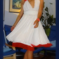 Marilyn_obleka_listing