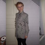 Gray_shirt_n_skirt_by_bizarastic-d5ksiv4_listing