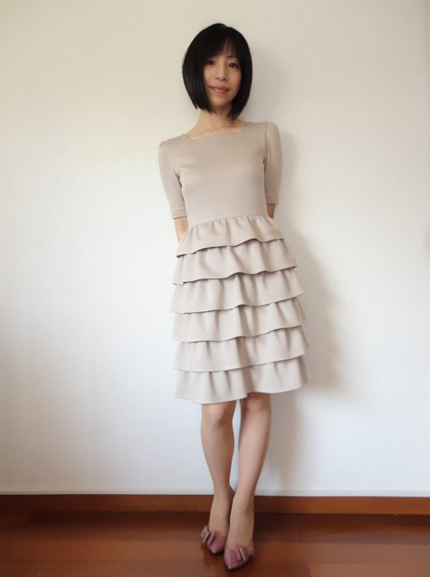 64_ruffle_skirt_dress_03_large