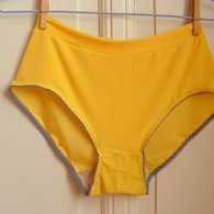 Yellow_knickers_-_front_listing