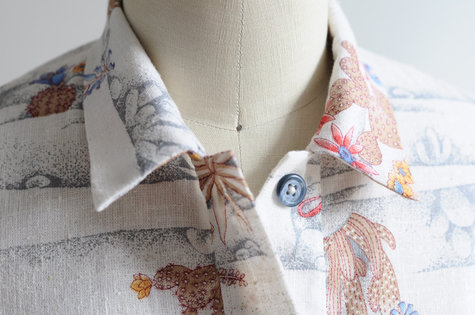 Handmade_blouse_collar_-_blue_armadillo_large