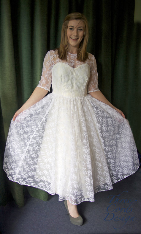 Wedding_dress_2_large