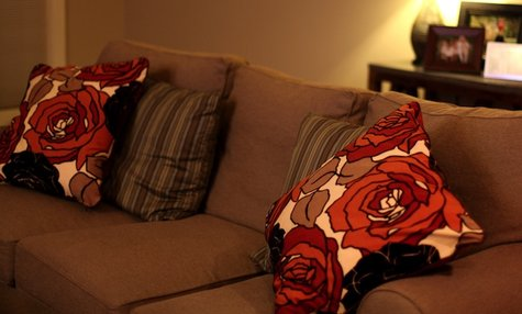 Anagrassia_floral_pillows_3_large