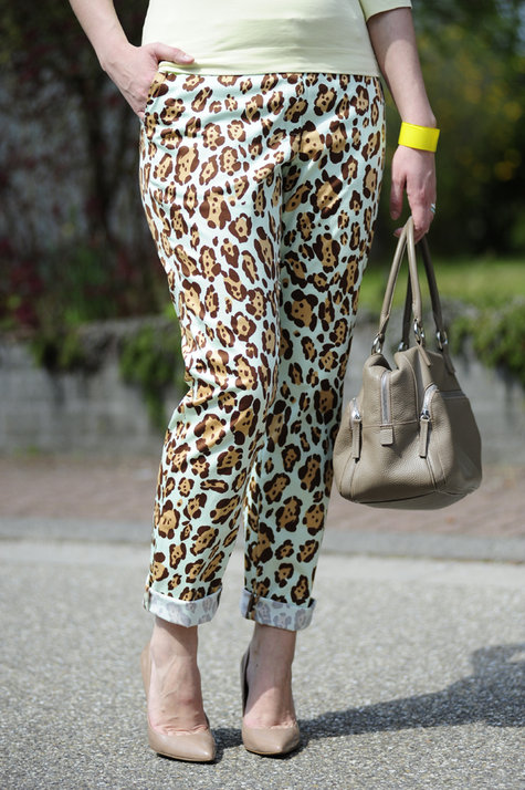 Blumarine-leo-pants4_large