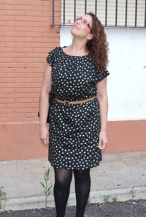 Vestido_lunares_arriba_large