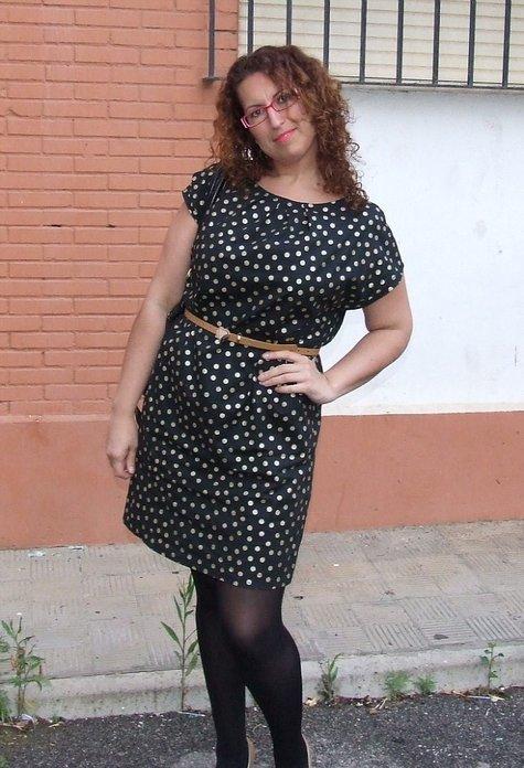 Vestido_lunares_dorado_large