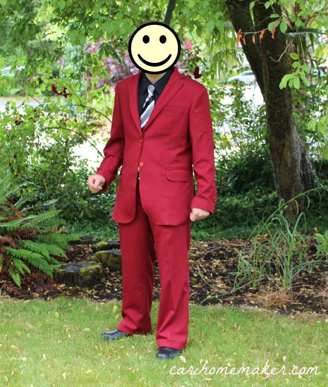 Red_suit_front_2_large
