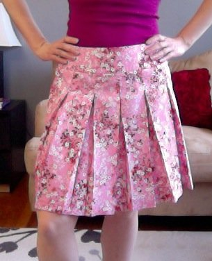 Pink_floral_pleated_skirt_-_butterick_5613_view_c_large