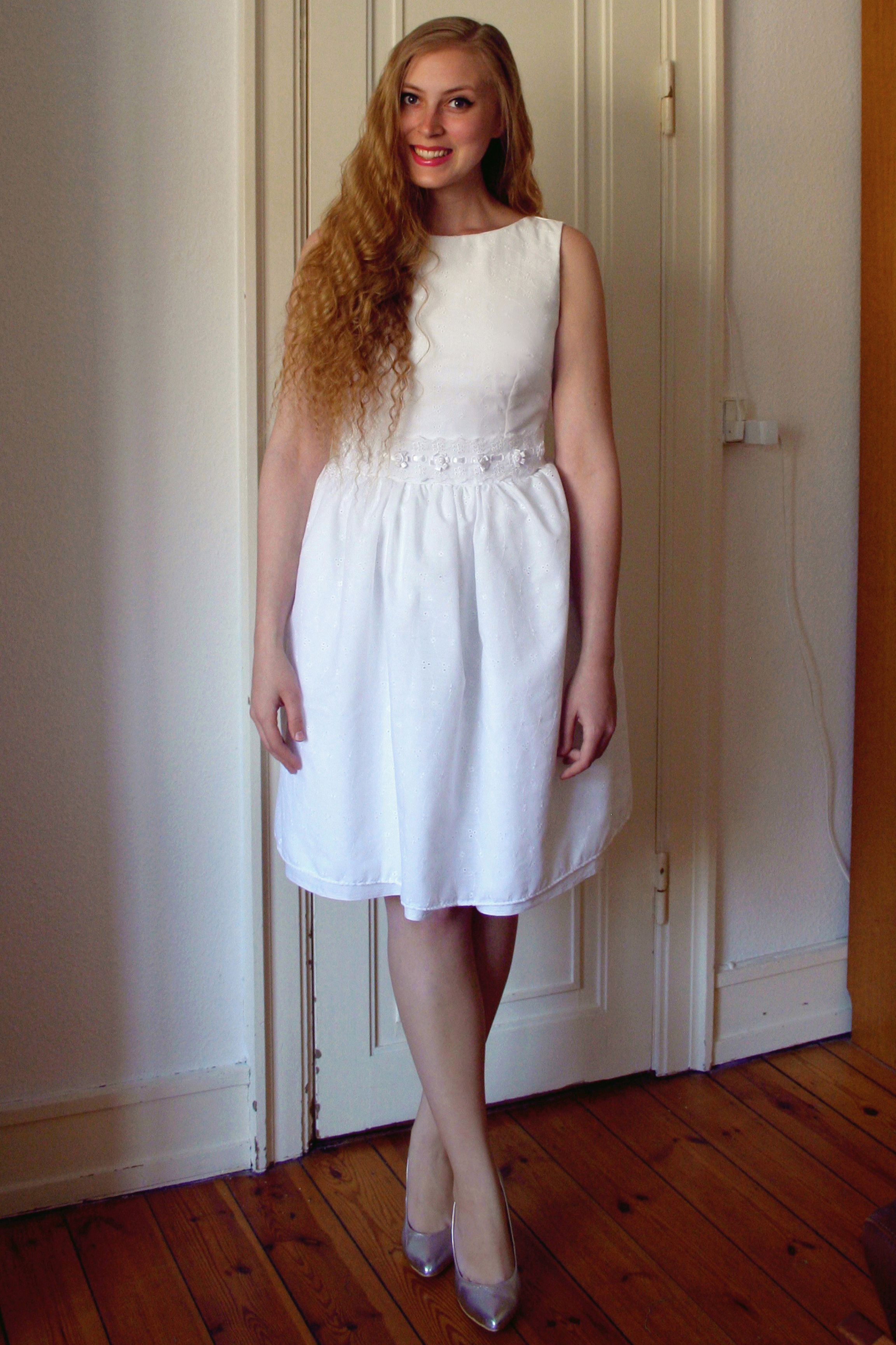 White broderie anglaise dress sewing projects