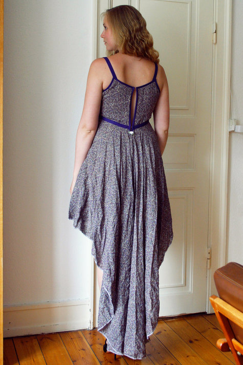14__elsine_cascade_dress2_large