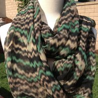 Black_green_scarf_listing