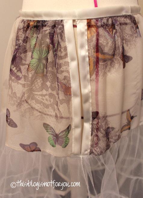 Petticoat_instructions_fastening3_large