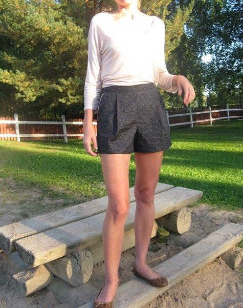 Santa_shorts_5_large