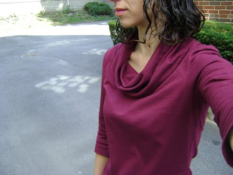 Sewaholic_renfrew_3_-_cowl_neck_burgundy_-_close_up_large