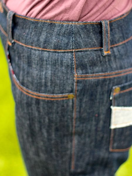 Classic_jeans_-_side_hip_detail_large