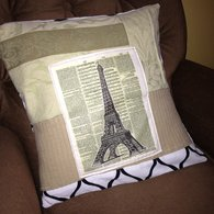 Eiffel_cushion_listing
