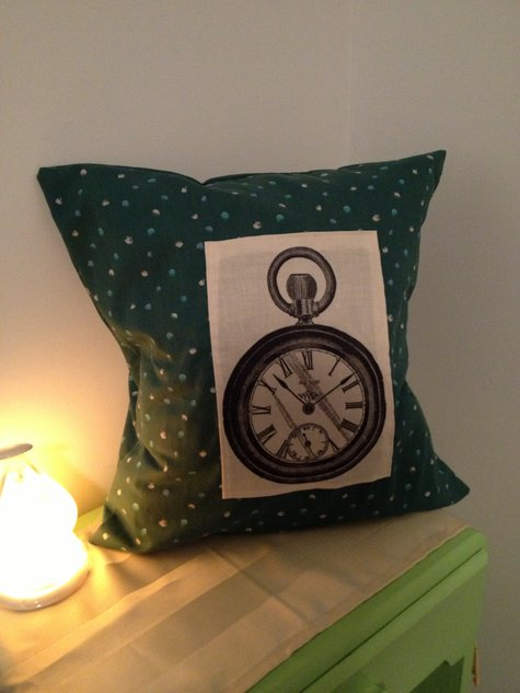 Pocket_watch_pillow_large