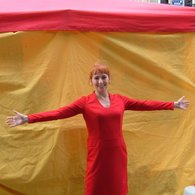 Red_dress_-_tent_listing