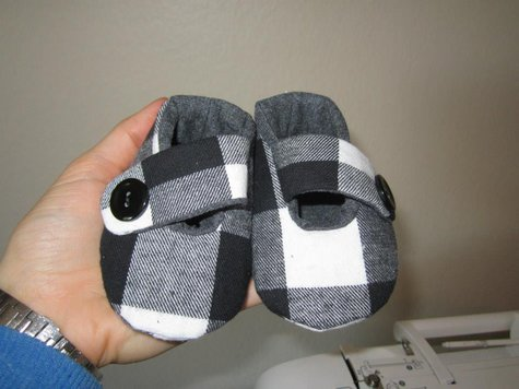 Babyshoes_large