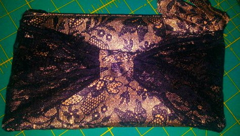 Gold_and_lace_bow_bag_large