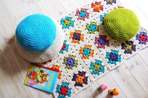 Crochet_rugs_an_beanbags_large