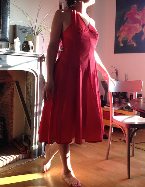 Robe_rouge_26_pieces_devant_chez_louise__large