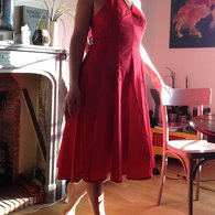 Robe_rouge_26_pieces_devant_chez_louise__listing