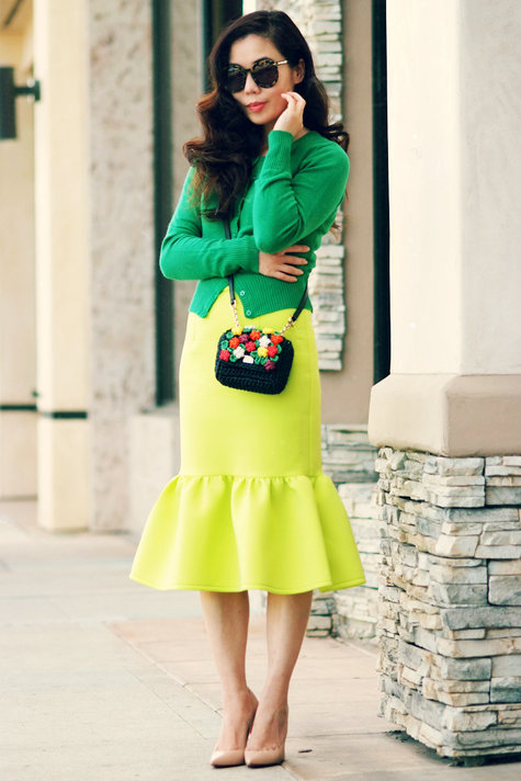 Halliedaily-grass-and-lime-asos-pencil-peplum-skirt-dolce-gabbana-bag-christian-louboutin-nude-puumps_6_large