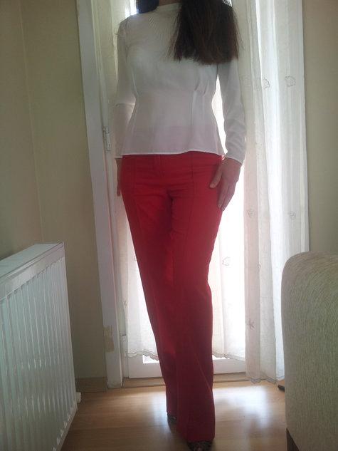 Kirmizi-pantolon-modelleri_large