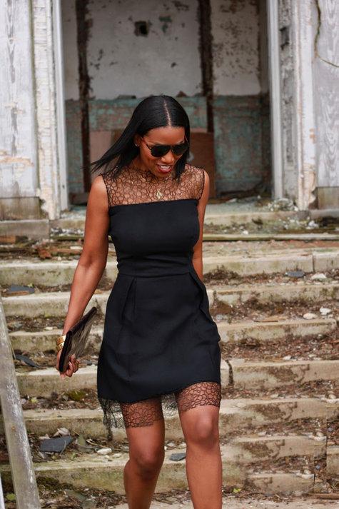 Lace_dress2_large