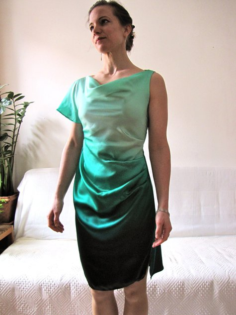 Green_silk_drape_001_large
