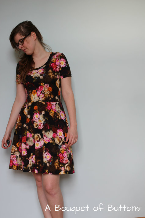 Chill_flowered_renfrew_dress_7_large