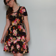 Chill_flowered_renfrew_dress_7_listing