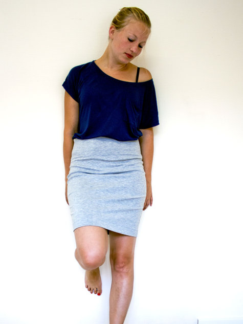 Pencil_skirt_large