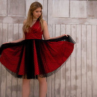 Prom_dress_wooden_door_listing