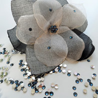 Flower_brooch_business_casual_listing
