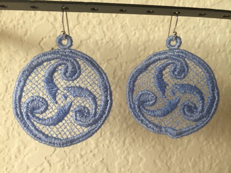 Celtic_swirl_earrings_large