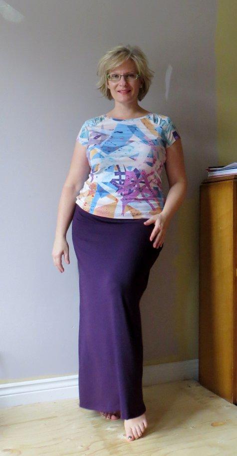 Burda_1-2013-116_skirt_and_2-2013-126_tee_large