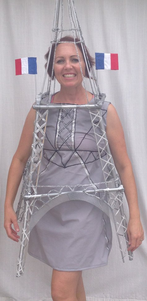 Oct__2014_248_eiffel_tower_costume_large