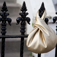 Gold_bag_railings_listing