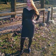Little_black_dress_in_jersey_listing