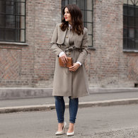 Hungup_draped_trenchcoat_01_listing